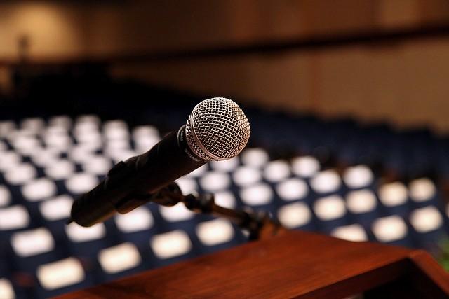 microphone oral interpretation