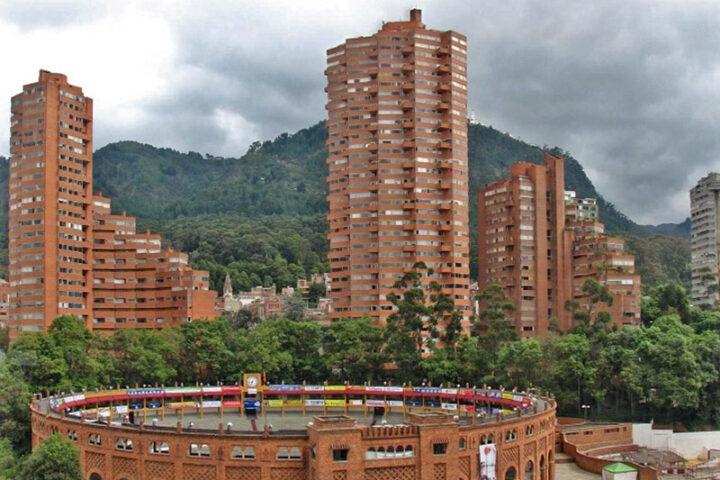 b01-bogota-bullfighting-coliseum-colombia