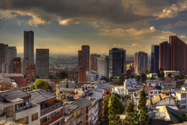 b09-bogota-city-sunset-pano