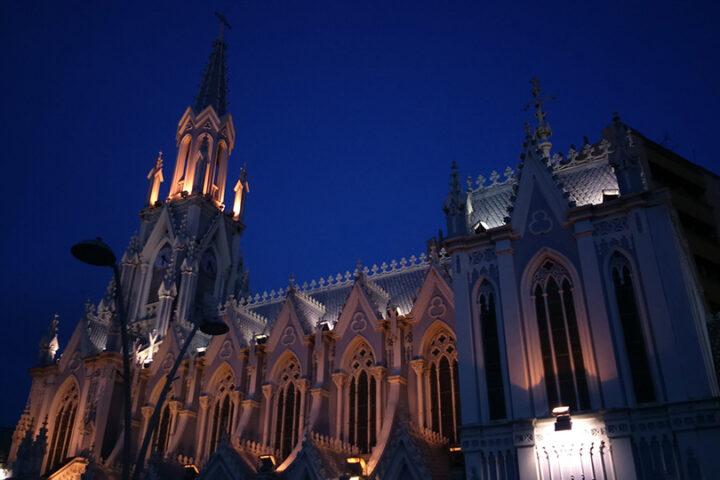 c23-cali-iglesias-noches