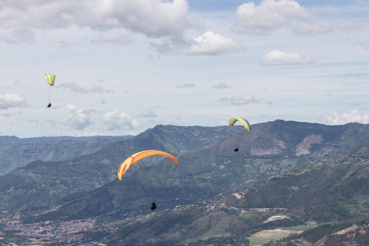 m26-paragliding-adventure_scarebet_pixabay